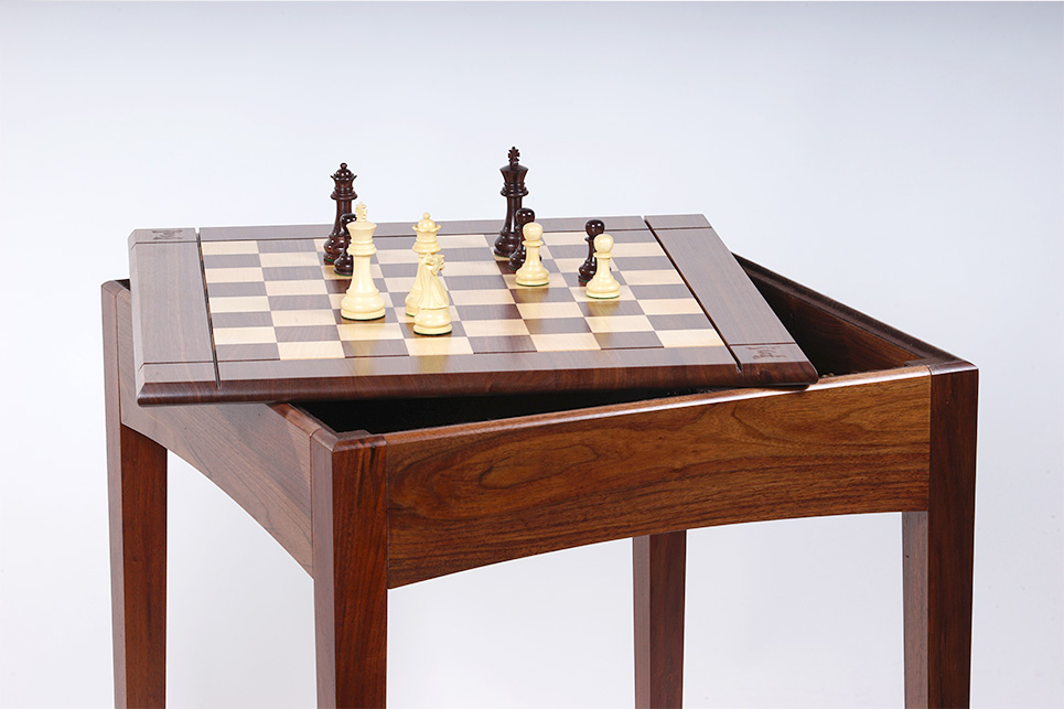 Usa Made Walnut And Maple Player39s Chess Table And Board & Chess Table And Chairs Set - Castrophotos